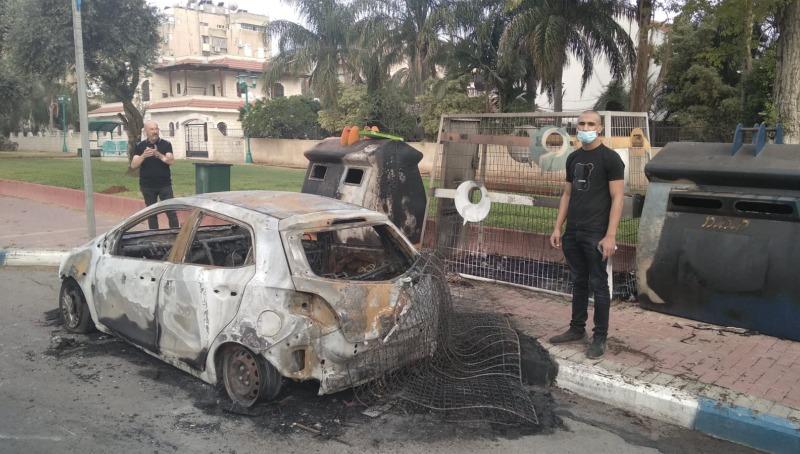מספר מכוניות נשרפו הלילה בלוד