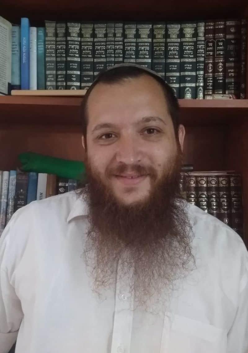 הרב יצחק דביר