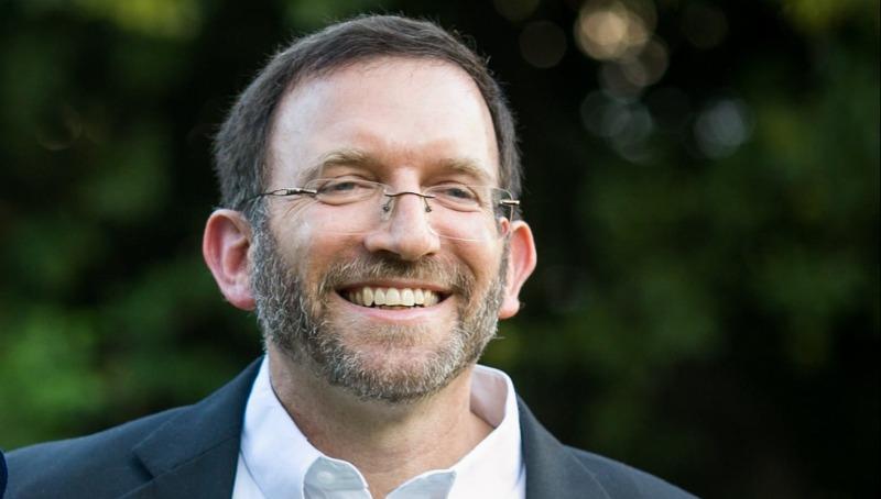 הרב צבי קורן
