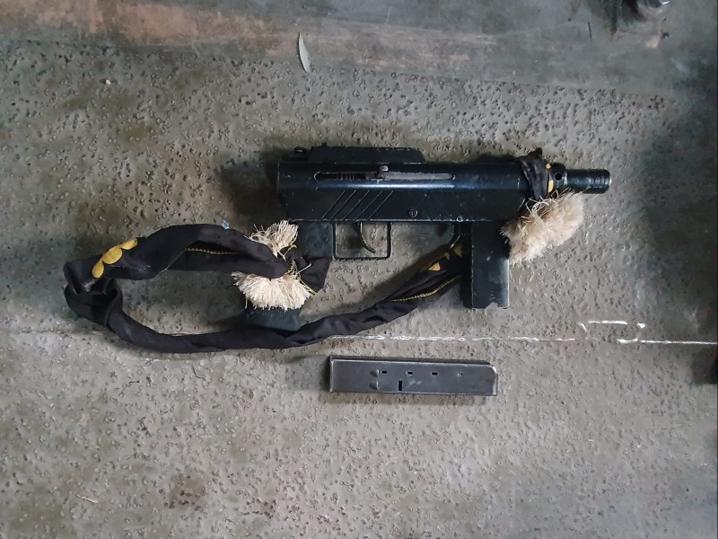 נשק מסוג M-16 שנתפס בכפר בידו