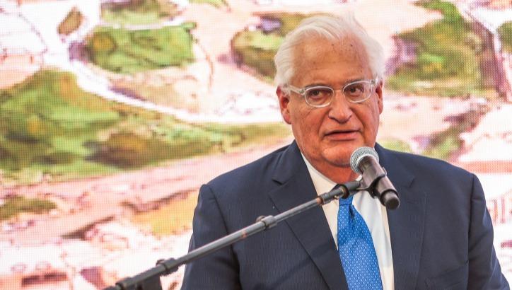 השגריר דיוויד פרידמן