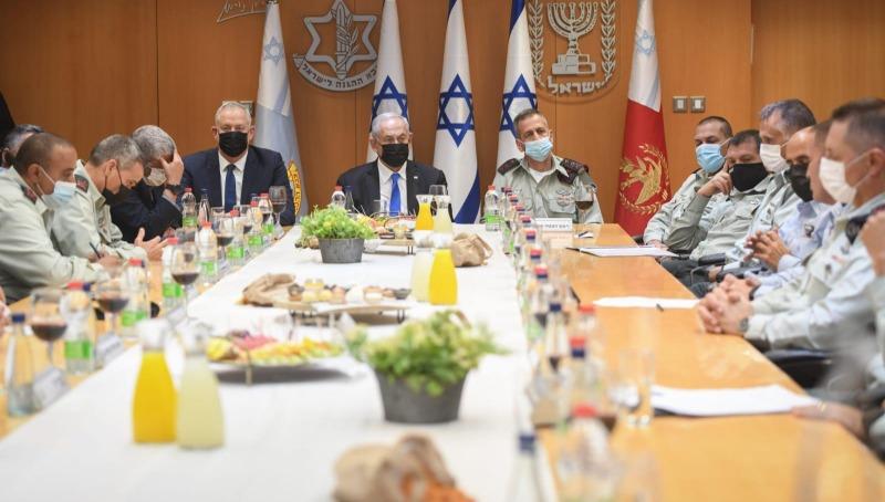 """הרמת הכוסית בפורום מטכ""""ל עם ראש הממשלה ושר הביטחון"""