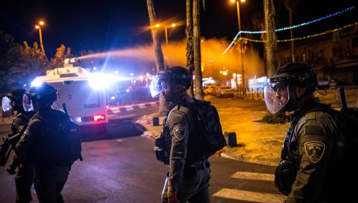 פעילות המשטרה בשער שכם ובהר הבית