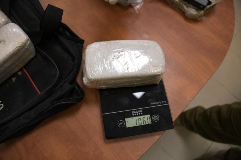 אחת מחבילות הסמים שנתפסו