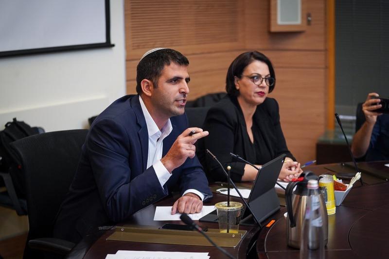 חברי הכנסת דיסטל אטבריאן וקרעי בדיון