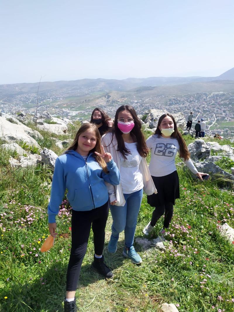 מטיילים על הר גריזים