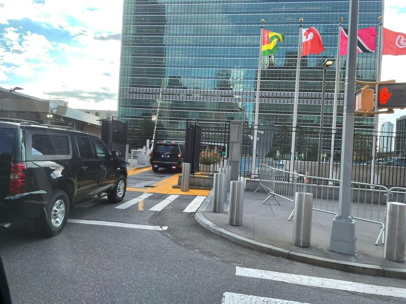 """שיירת ראש הממשלה מגיעה לבניין האו""""ם"""