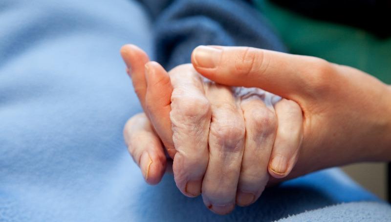 פרשת וירא   האם מותר להתפלל על חולה מיוסר שימות?