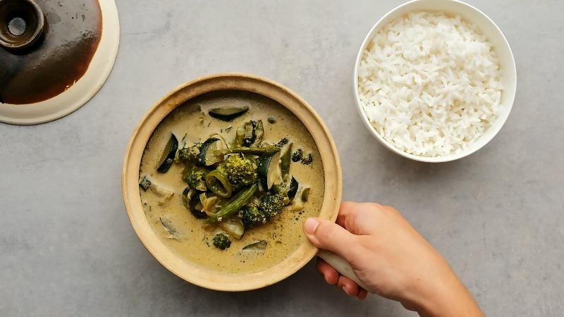 תבשיל ירקות בקארי ירוק