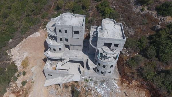 בנייה בלתי חוקית. ארכיון