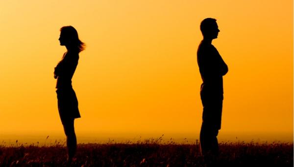 """איך יוצרים זוגיות של """"שנינו ביחד וכל אחד לחוד"""""""