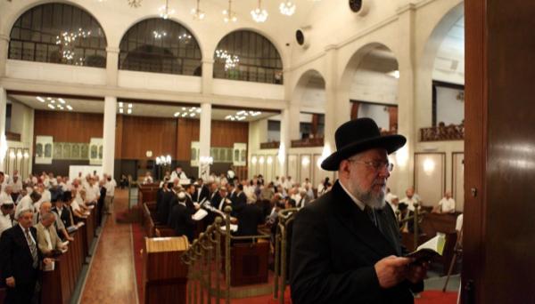 מבצע בתי הכנסת בתל אביב: 55 גבאים נרשמו לשירות השיפוץ של העירייה