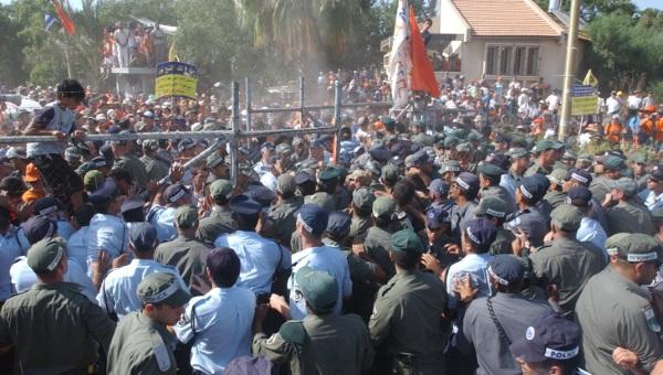 המחאה בכפר מימון