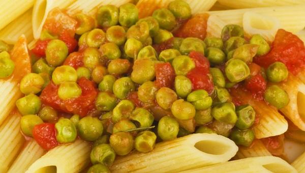 אפונה ברסק עגבניות