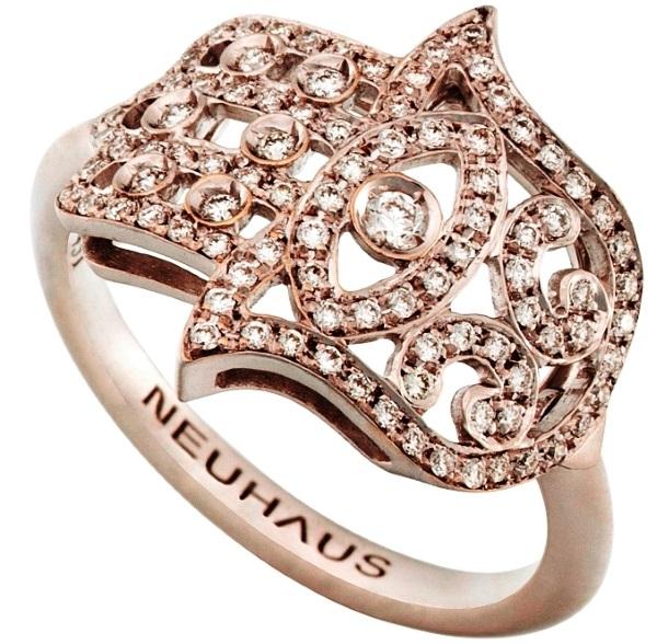 טבעת חמסה של גיל נויהאוס