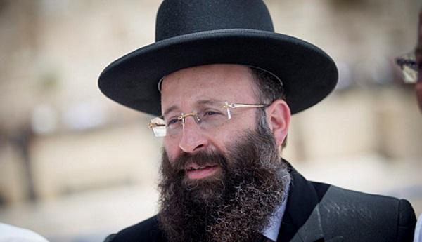 אסר על פנס לקיים מסיבת עיתונאים בכות. הרב רבינוביץ