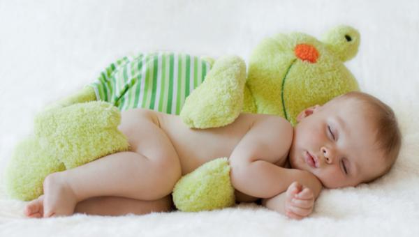 לישון כמו תינוק. חלום.