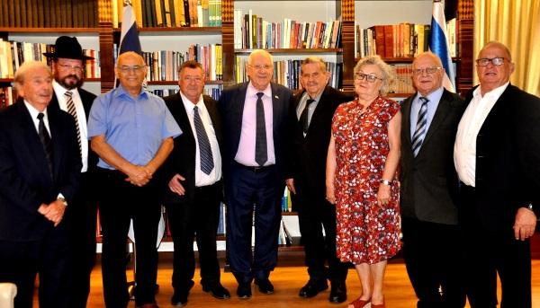 חברי הארגון בפגישה עם נשיא המדינה