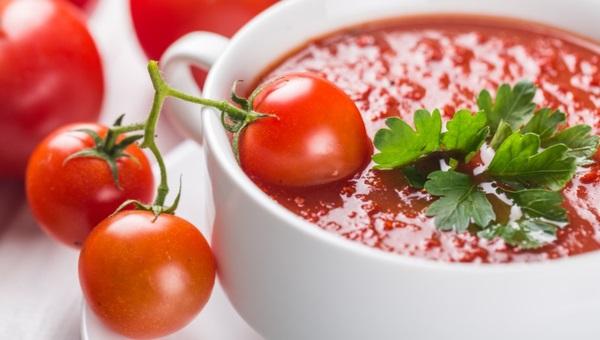 מרק עגבניות קלויות יאמי