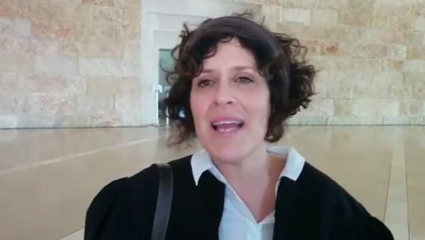 בתיה כהנא דרור. לא מתלהבת מיוזמת בתי הדין הרבניים