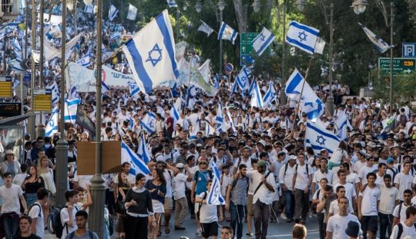 גדלנו בשנה. אוכלוסית ישראל ממשיכה לגדול