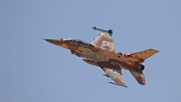 ארכיון: מטוס של חיל האוויר בפעולה