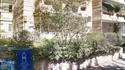 Google Street View, הבית היהודי ברחוב בן מיימון