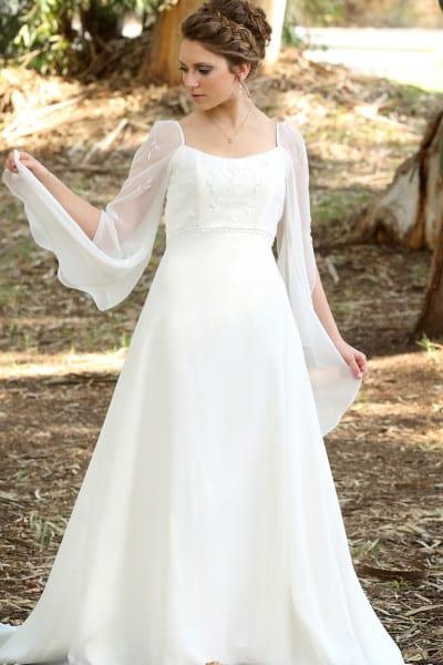 מרים ספיר עיצוב שמלות כלה
