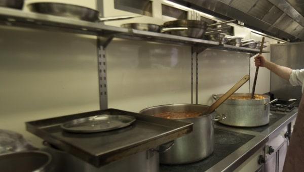 האם ניתן לסמוך על הכשרויות במטבחים?