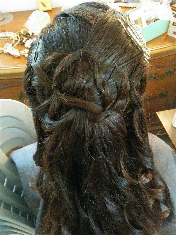 אפרת גנטק עיצוב שיער ואיפור