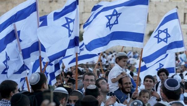 יום ירושלים, ריקוד דגלים צילום: Nati Shohat / Flash90.