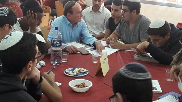 תלמידי הישיבה נפגשים עם דוגו