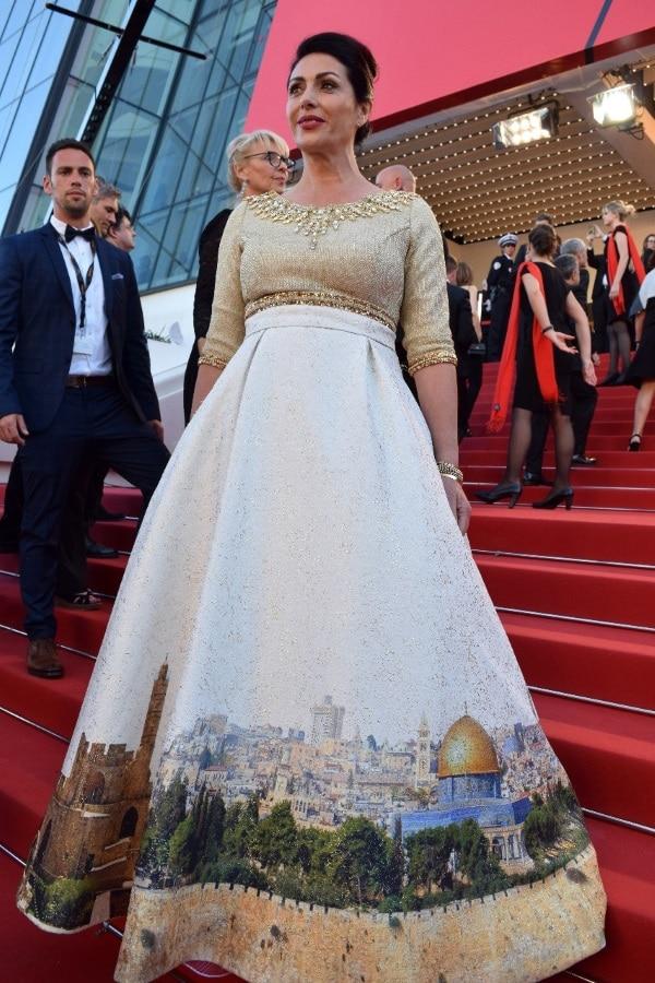 מירי רגב והשמלה