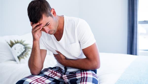 כאב בטן בחילה צילום: shutterstock